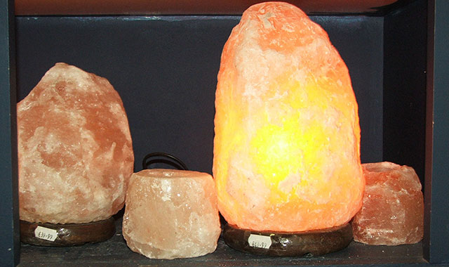 Salt Lamps Gift Shop